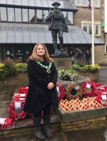 """""""We will remember them"""" – Wreath laid at Frome Memorial by Cllr. Helen Sprawson-White, Chair of Mendip District Council"""